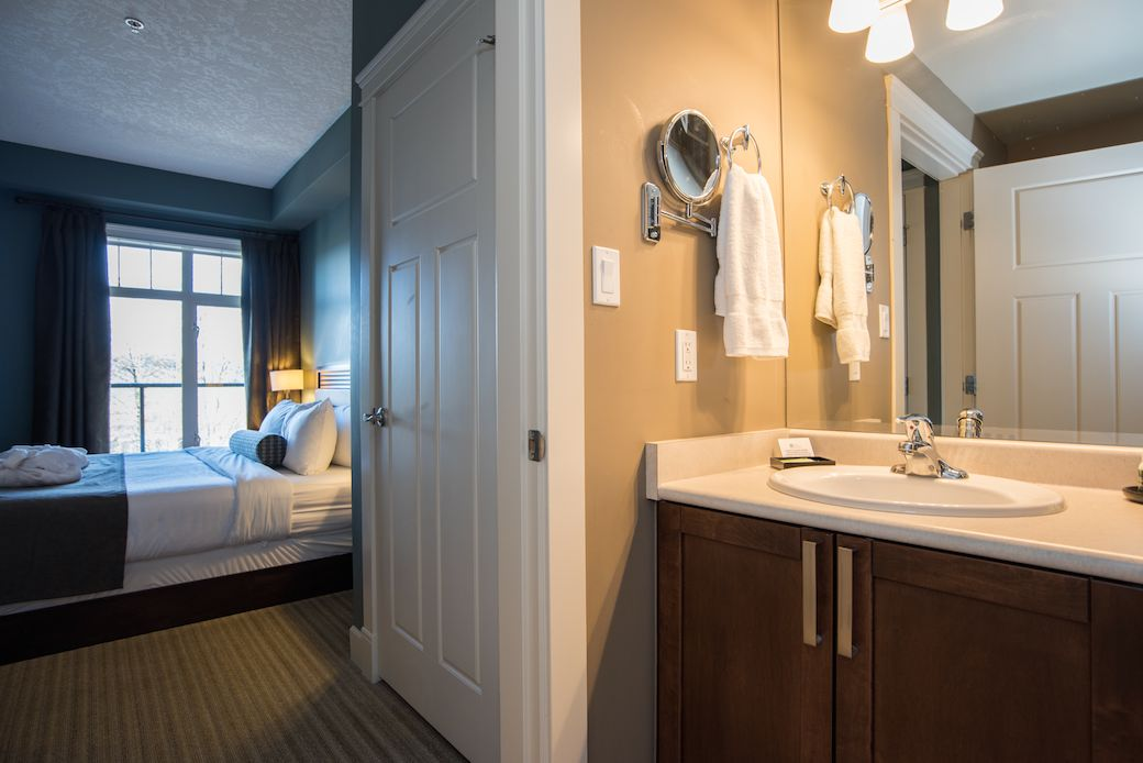 Oldhouse Deluxe One Bedroom King Old House Hotel Spa