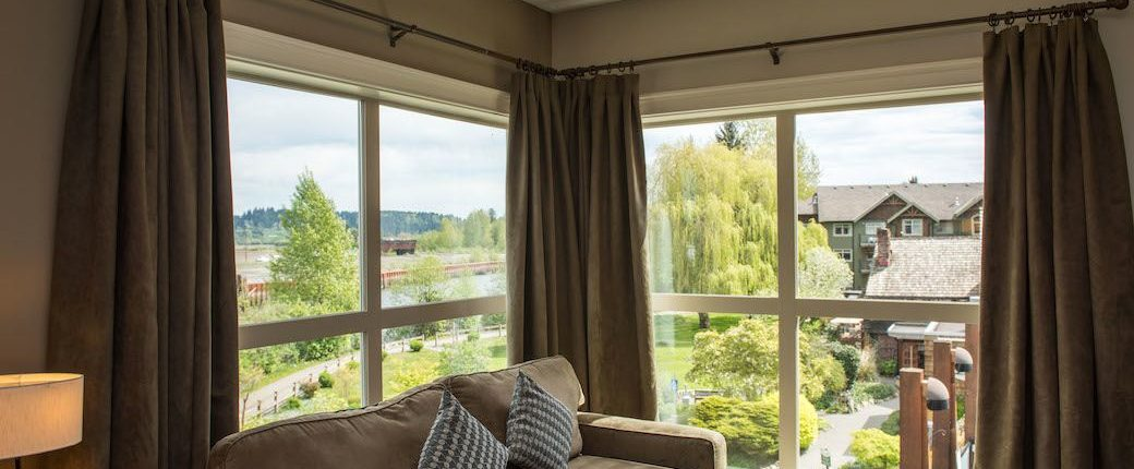 Courtenay BC Deluxe Two Bedroom suite